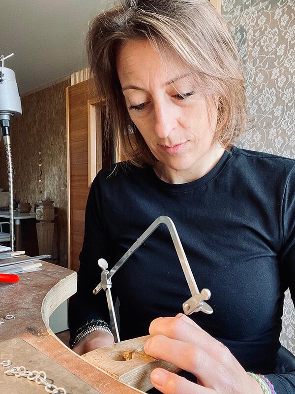 Anne aan het werk
