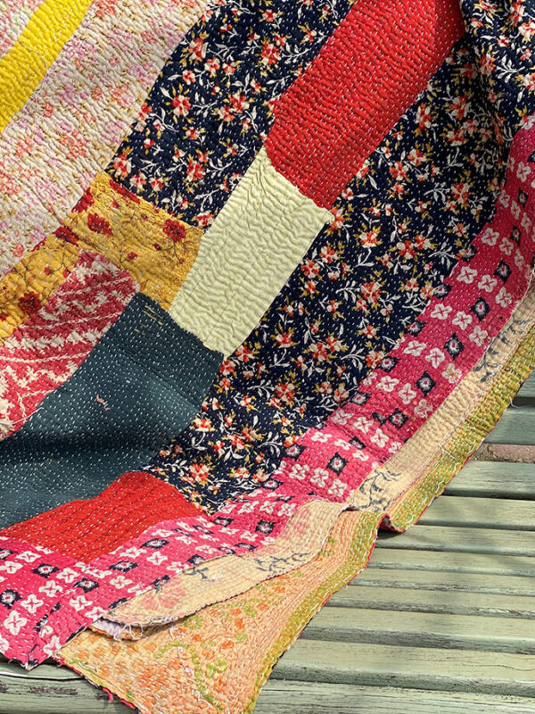 Flower block quilt